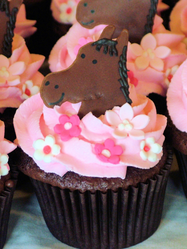 A Sweet Cake Blog Archive Horse Cupcakes part 2