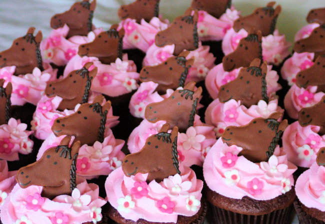A Sweet Cake 187 Search Results 187 Horse Cupcakes